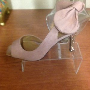 J.Renee Shoes - Fabric pink sling back high heel